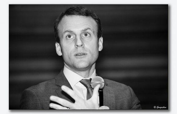 «2018 sera année de la cohésion de la nation» : la prédiction de Macron fait le miel de Twitter