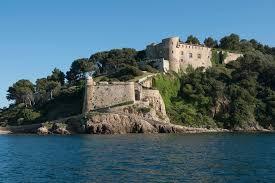«Toujours avec le même plaisir»: les époux Macron ont bien passé leurs vacances au fort de Brégançon