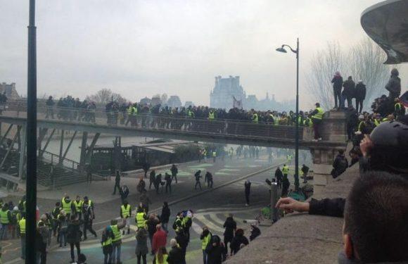 Acte 8 des «Gilets jaunes» : Griveaux évacué, 50.000 manifestants selon Castaner