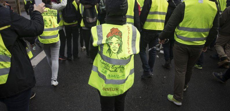 « Gilets jaunes » : A quoi sont dus les onze décès évoqués par Emmanuel Macron ?