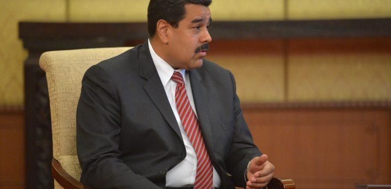 Vénézuela: Maduro augmente le salaire minimum de 300%