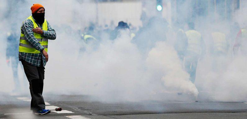 Les « gilets jaunes », nouveau terrain de jeu de la nébuleuse complotiste et antisémite française