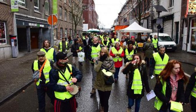 Gilets Jaunes take to the streets for awareness campaign in Namur