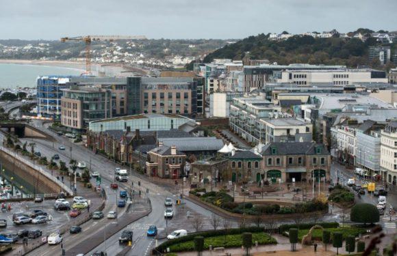 Royaume-Uni: Un tiers des milliardaires placent leur fortune dans des paradis fiscaux