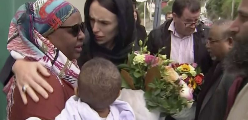 Attentats de Christchurch: La Nouvelle-Zélande rend hommage à ses 50 victimes