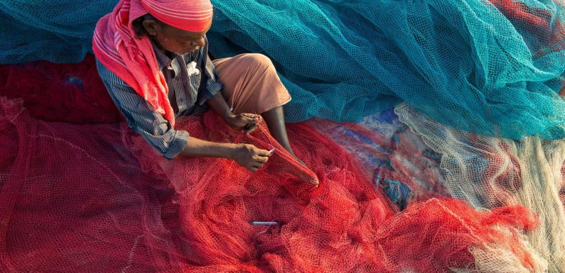 Des pêcheurs indiens ouvrent la voie de la dépollution des océans