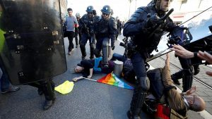 'Gilets jaunes' protester, 73, 'pushed by police', says prosecutor