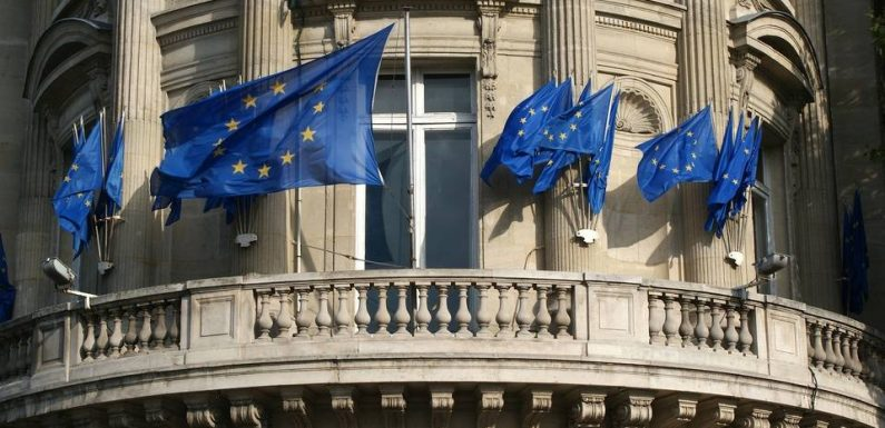 PODCAST. «Minute Papillon!»: Europe: Parlement, Commission et Conseil, qui fait quoi?
