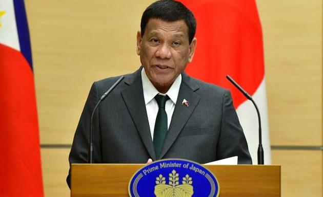 Le président des Philippines dit être «guéri» de son homosexualité
