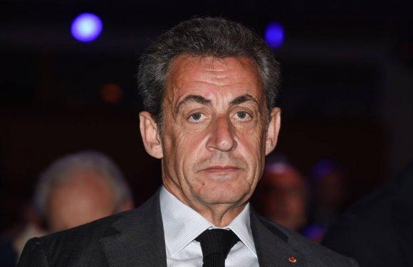 «On a l'impression qu'ils s'aiment énormément»… Nicolas Sarkozy se paie les responsables LR