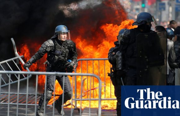 France: riot police use teargas to disperse Bastille Day protesters