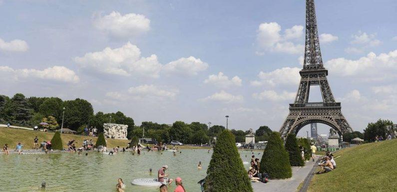 Paris: Brumisateurs, salles rafraîchies et parcs ouverts la nuit… le plan canicule activé