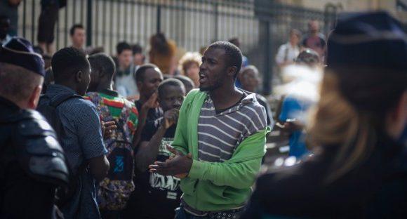 «Black Vests» Migrant Movement Demands End To Deportations in France