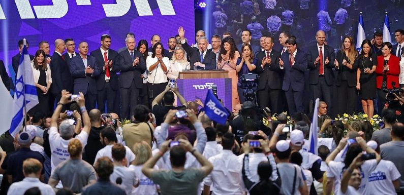 TV report: With 96.9% of vote counted, Netanyahu and Gantz's parties deadlocked at 32