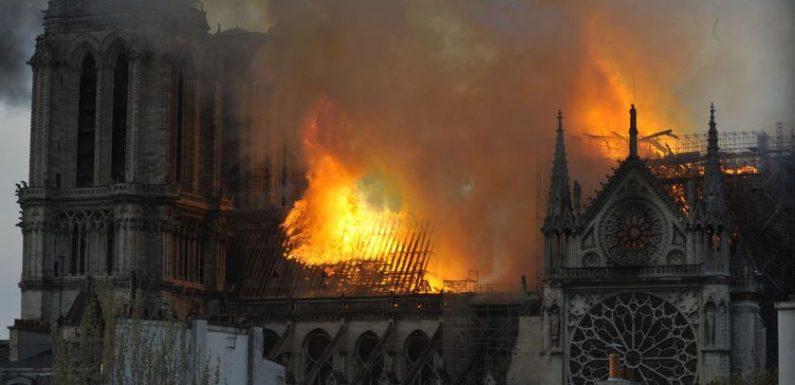 Quand Notre-Dame brûlait