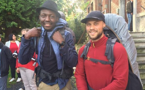 La Louvière (Belgique) : Abu et Maxime entament un parcours de migration à l'envers