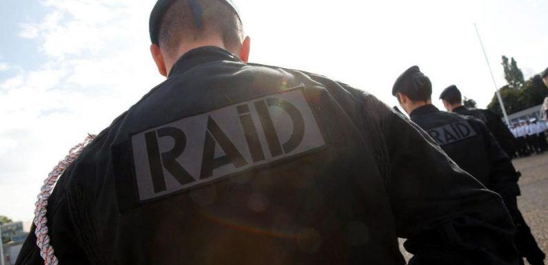 Le «héros au scooter» de l'attentat de Nice tente de se suicider, le Raid intervient