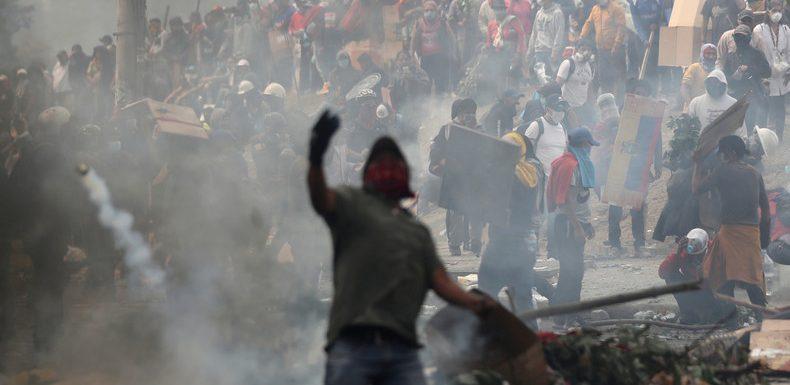Equateur : Quito placée sous couvre-feu et contrôle militaire par le président Lenin Moreno