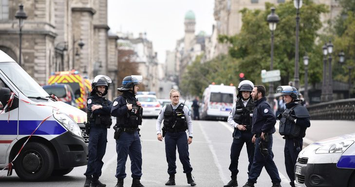 Attaque à la préfecture de police : ce que l'on sait de l'agression à Paris