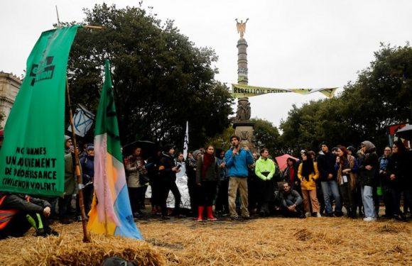 Reportage : avec les militants d'»Extinction Rebellion», place du Châtelet à Paris
