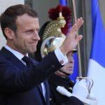 11 novembre: Macron rend hommage au « sacrifice suprême » des soldats morts en « Opex »