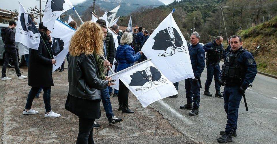 Corse : Plusieurs arrestations après les attentats en marge de la visite d'Emmanuel Macron