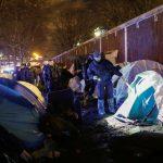 Paris : démantèlement du campement de migrants de la Porte d'Aubervilliers (VIDEO)