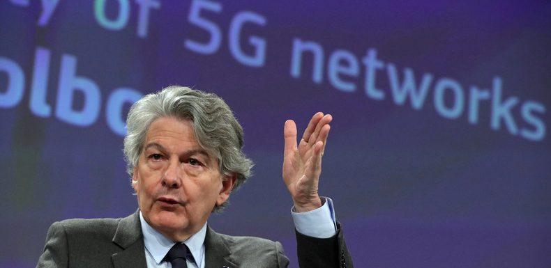 L'UE se lance dans la course à l'intelligence artificielle mais pas pour défier les USA et la Chine