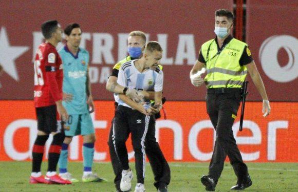 Majorque-Barcelone : La Liga va poursuivre le supporter qui a fait irruption sur la pelouse lors du match