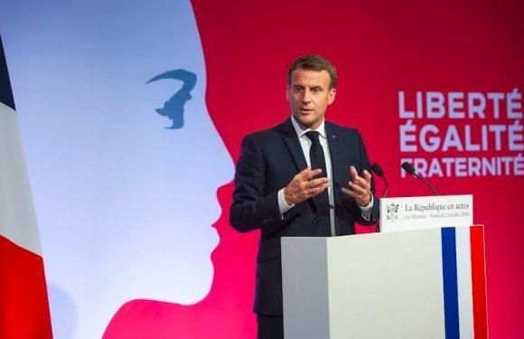 Loi sur le séparatisme islamiste : Macron appelle à un «réveil républicain» et rend l'instruction à l'école obligatoire
